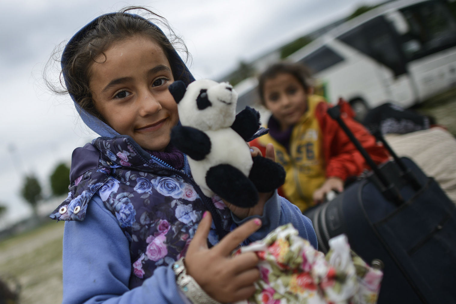 Here are 29 ways you can help refugees