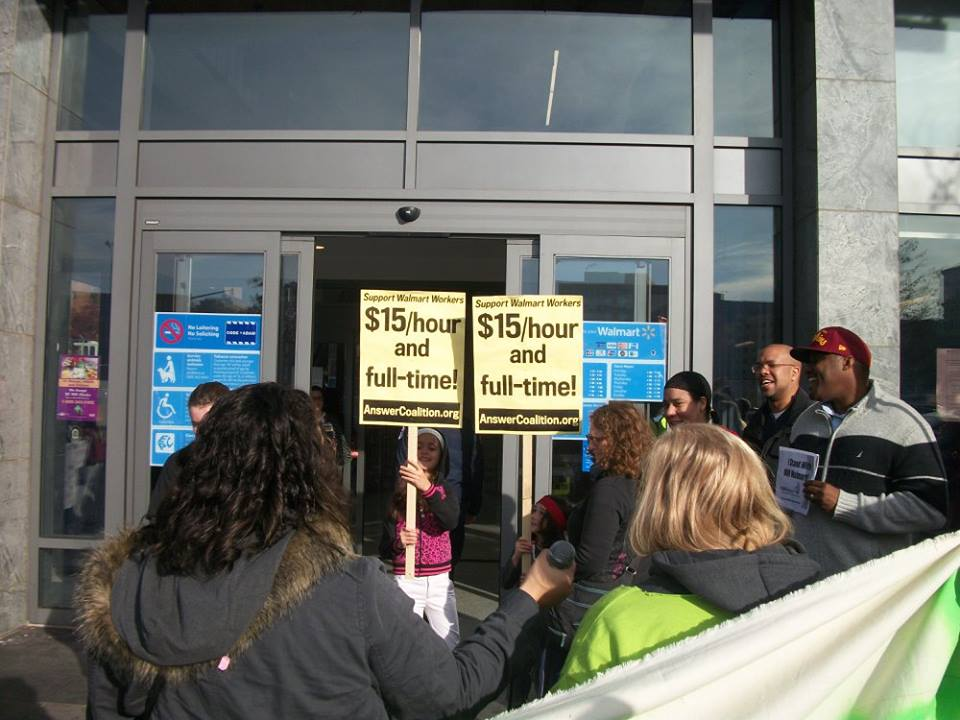 ICNA CSJ Participates in 2015 Black Friday Protests