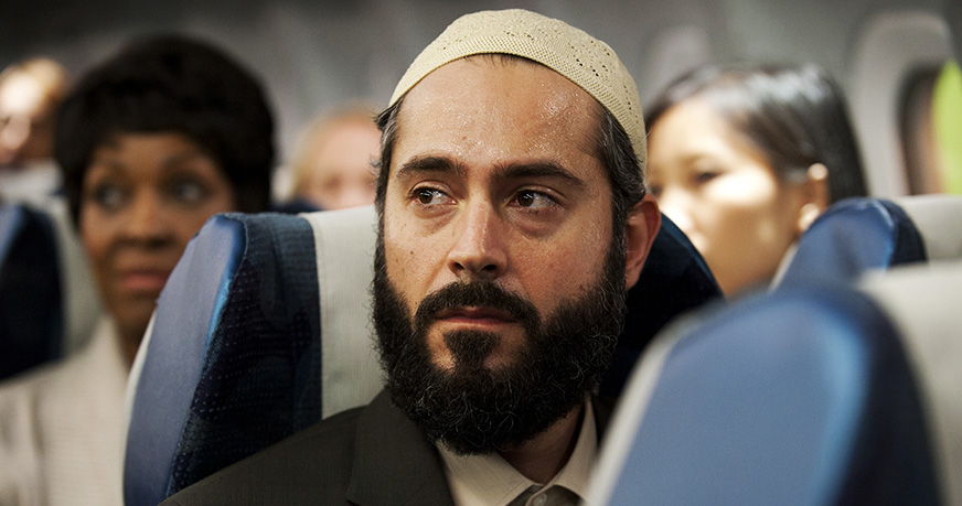 9 Things They Won't Let You Do On A Plane If You Are Muslim