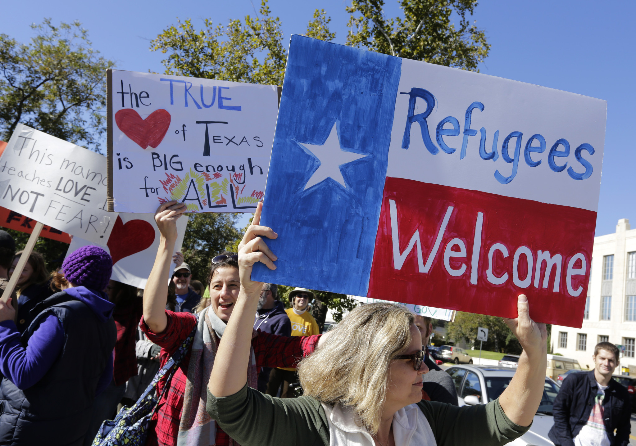 ICNA Protests Gov. Abbott's decision to Stop Resettling Refugees in Texas